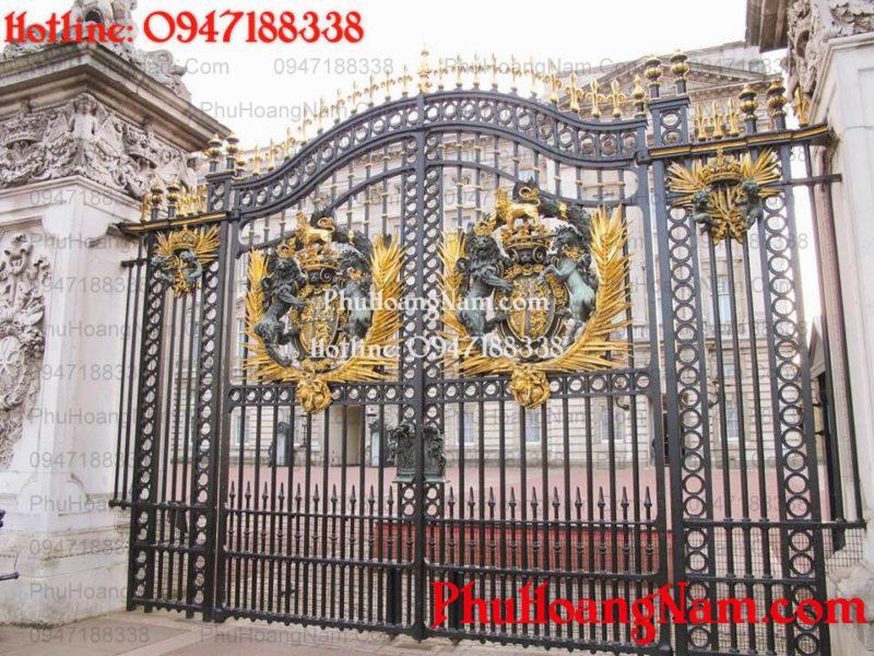cổng sắt