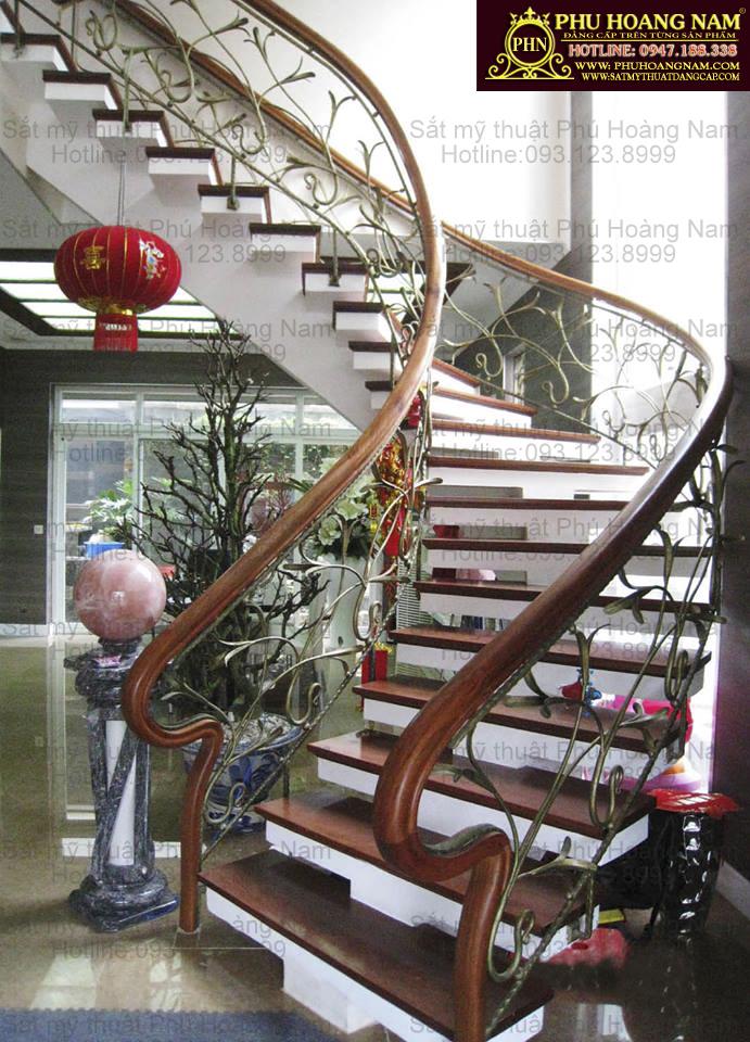 cầu thang xương cá sắt mỹ thuật đẹp