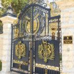 Cửa cổng đẹp đơn giản hiện đại giá rẻ nhất hiện nay